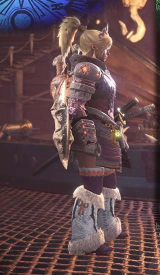 重ね着装備「鎧武者」とゾラマグナで作った見た目装備右側