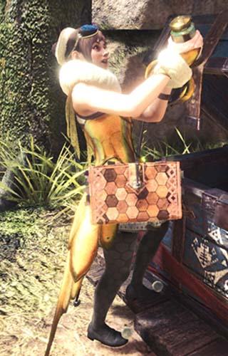 キャンプでアイテムボックスを漁る受付嬢
