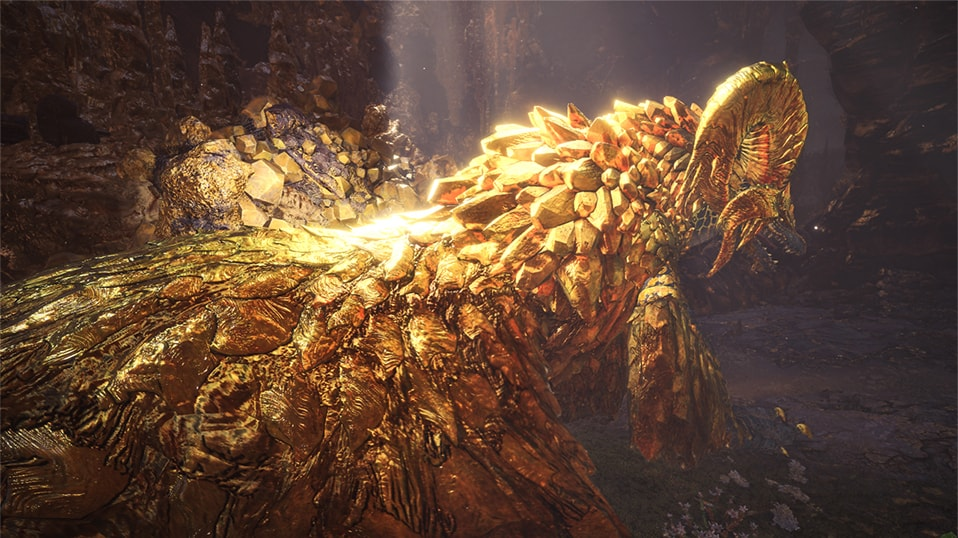 マムタロトの金色に輝く画像
